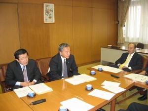 2005/9/28 都・区における5課題の解決について都議会と区議会懇談会