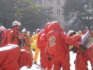 2006/11/10 東京都の「テロ対策」訓練・消防庁、警視庁、陸上自衛隊合同